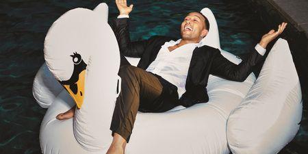 Ο John Legend μιλά αποκλειστικά στο ELLE για το νέο του άλμπουμ «Bigger Love»