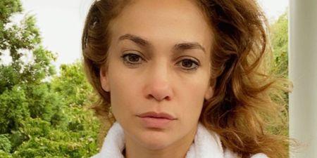 10 σταρ που ποζάρουν χωρίς μακιγιάζ και είναι υπέροχες