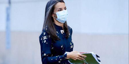 Βασίλισσα Letizia: Τα πρώτα φθινοπωρινά φορέματα της ανήκουν σε δύο πολύ αγαπημένα brands