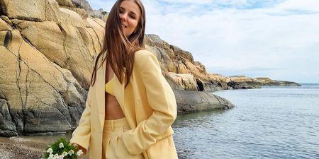5 beauty προϊόντα που πρέπει να έχεις πάντα στην τσάντα σου το καλοκαίρι