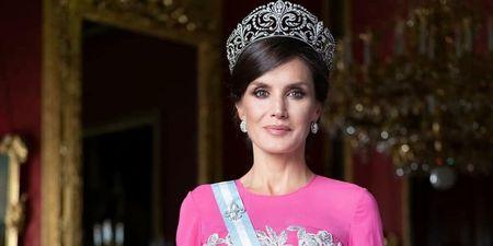 Bασίλισσα Letizia: Φόρεσε το ίδιο φόρεμα μετά από 15 χρόνια