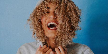 Λευκό χαμόγελο: 7 χρυσοί κανόνες για να το αποκτήσεις