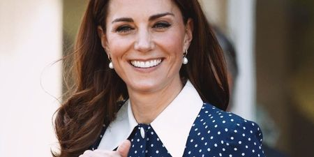 Kate Middleton: Βρήκαμε το maxi, ροζ φόρεμα που επέλεξε σε πρόσφατη εμφάνισή της