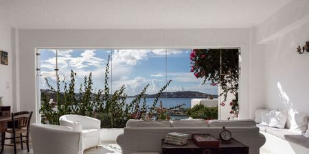 "Rhenia Hotel: Σε αυτό το ξενοδοχείο οι ""μαγικές διακοπές"" είναι μονόδρομος"