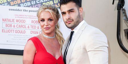 Η Britney Spears αρραβωνιάστηκε!