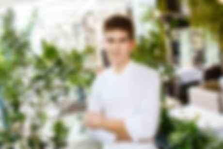 Шеф-повар Робан Каснабе. Фото: Citronelle