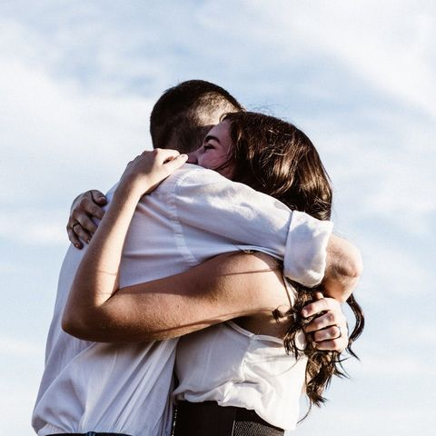 6 στοιχεία που μαρτυρούν πως ένας σύμβουλος γάμου πρέπει να είναι στα άμεσα σχέδια μας