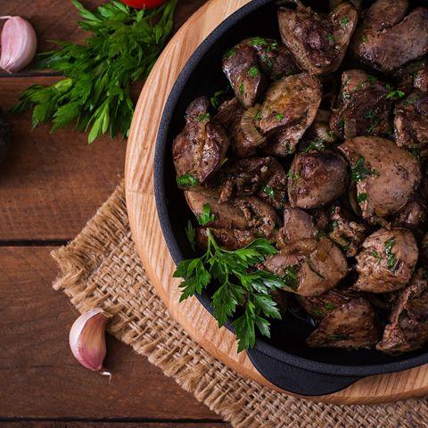 Συκώτιστη λαδόκολλα με πουρέ πατάτας: Εμείς βρήκαμε τι θα φάμε αύριο!
