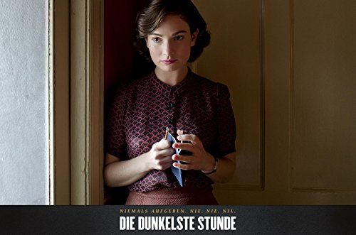 photo Wallpaper of -Die Dunkelste Stunde-