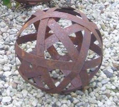 photo Wallpaper of terracotta-toepfe-de-Edelrostkugel Kugel Metall 20 Cm Eisen Rost-