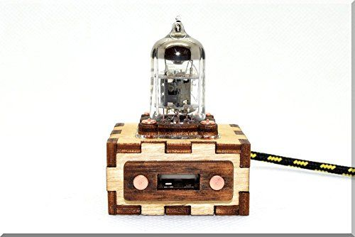 photo Wallpaper of SlavaTech-Handarbeit Holz Purple Pentode Radioröhre USB Verlängerung Kabel 1M/3FT. Handmade Wooden Pentode Radio Tube-Purple