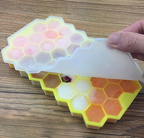photo Wallpaper of HoneyHolly-HoneyHolly (4er Pack) Food Grade Silicone Hexagon Ice Cube Trays With Lid-Weiß & Grün & Gelb & Lila
