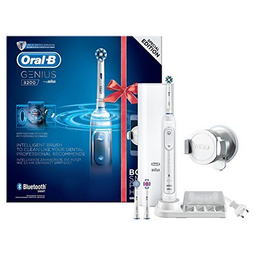 photo Wallpaper of Oral-B-Oral B Genius 8200 White Incl. Smartphone Holder-