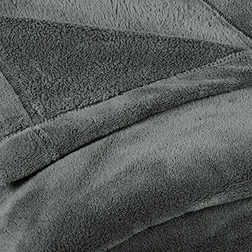 photo Wallpaper of CelinaTex-CelinaTex Montreal Kuscheldecke, Mikrofaser Decke Coral Fleece, Wohndecke Grau, 150 X 200 Cm 5000075-Grau