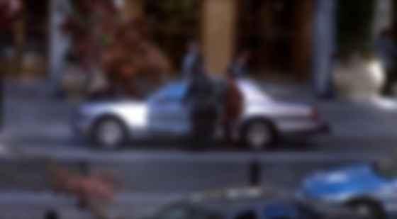 Пірс Броснан і Bentley Arnage у фільмі The Thomas Crown Affair. Фото: imdm
