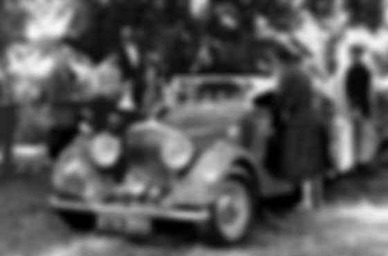 Шон Коннері і Bentley Mk. IV 3.5 Litre у фільмі «З Росії з любов'ю». Фото: imdm