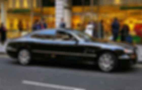 4-дверне купе Bentley Highlander, створене виключно для колекції султана. Фото: Autocar