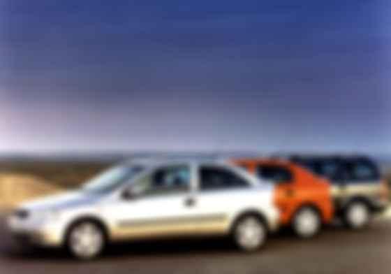 Opel Astra второй генерации выпускались в Украине с января 2004 г. по октябрь 2008 г. Фото: Opel