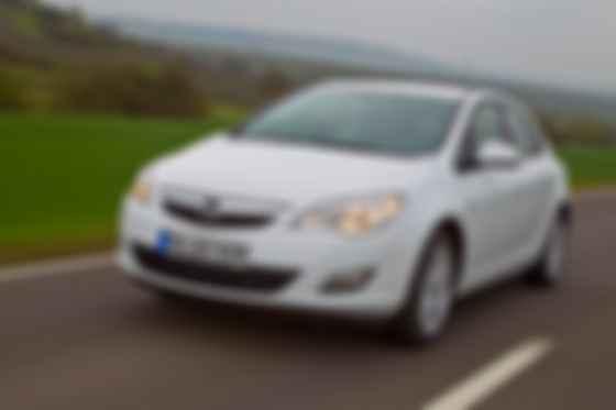 В 2010 году Opel Astra получила главную дизайнерскую премию — Red dot. Фото: Opel