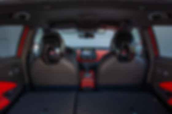 Корисна місткість багажника Nissan Juke збільшилася з 354 л до 422 л. Фото: Nissan
