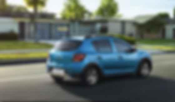 Как явствует из названия, Renault Sandero Stepway – паркетная версия Sandero. Фото: Renault