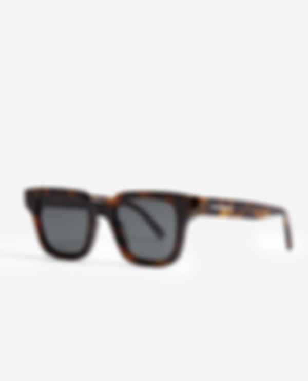 Солнцезащитные очки. Фото: The Kooples