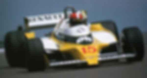 Бренд Tissot став партнером і спонсором революції, назавжди змінив Формулу-1. На фото — перша (і відразу подвійна) перемога Renault-Alpine в Гран-прі Франції 1979 р.Фото: Tissot