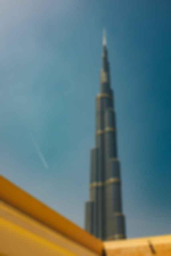 Высота Бурдж-Халифы — 828 метров. Фото: Ashim D'Silva / Unsplash