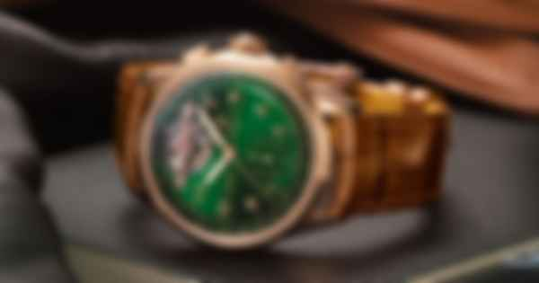 Breitling Premier B21 Chronograph Tourbillon 42 Bentley Limited Edition. Фото: Breitling