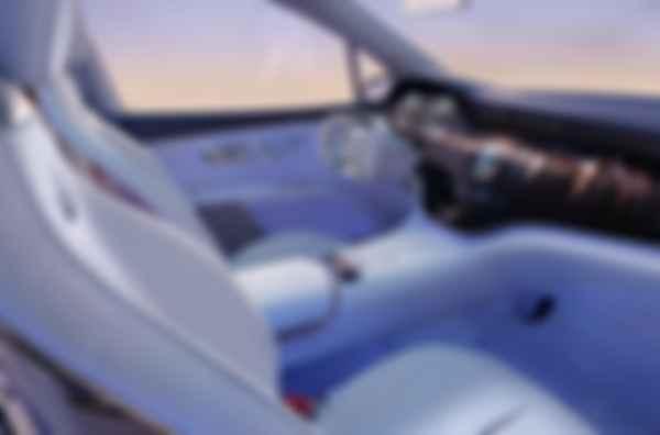 Точкой отсчета для интерьера Mercedes-Maybach EQS Concept стала раскинувшаяся от двери до двери система MBUX Hyperscreen. Фото: Daimler AG