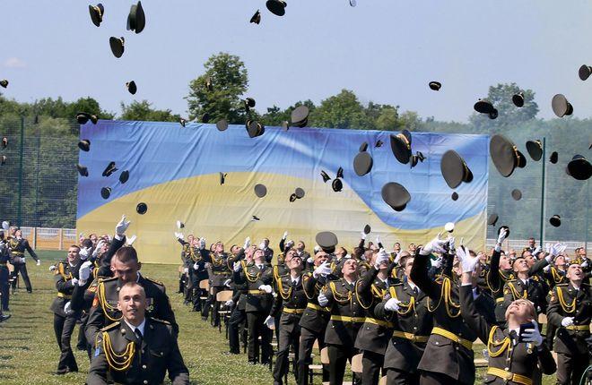Украинская армия (фото: УНИАН)