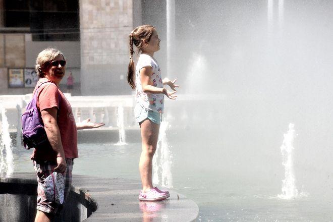 Рекорд спеки в Києві: прогноз погоди на вихідні і День Конституції. Фото: УНІАН