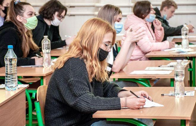 Как будут работать учреждения образования в Украине с 1 сентября. Фото: УНИАН