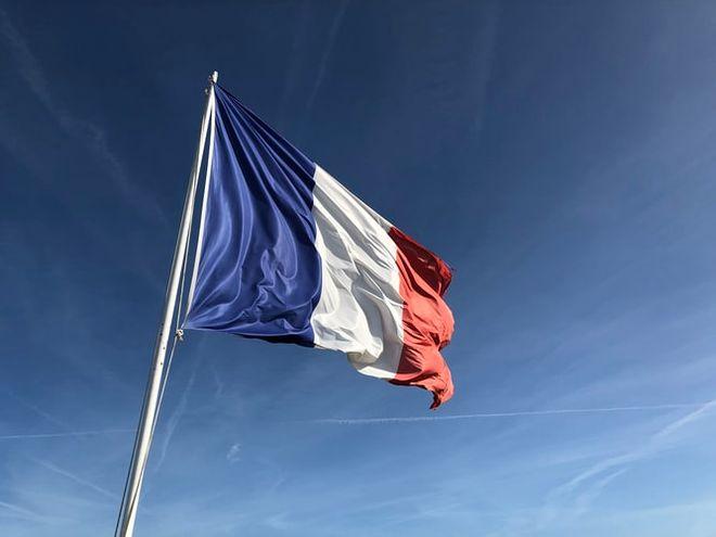 Франция ввела безвизовый режим с Украиной для заморских территорий: новые правила въезда. Фото: unsplash /  Anthony Choren