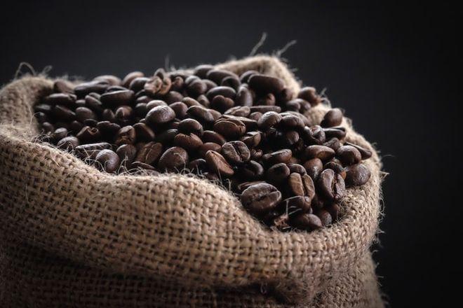 Угроза для поставок кофе. Экспортеры Вьетнама столкнулись со сложностями. Фото: unsplash / kittinskie