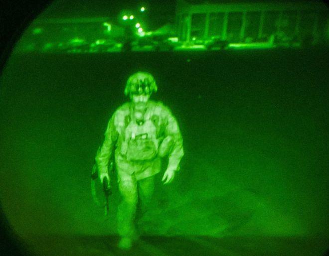 Останні американські солдати залишили Афганістан.  Фото: twitter.com / CENTCOM