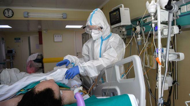 Рост числа новых выявленных случаев коронавируса за неделю составил 50%. Фото: «РИА Новости»