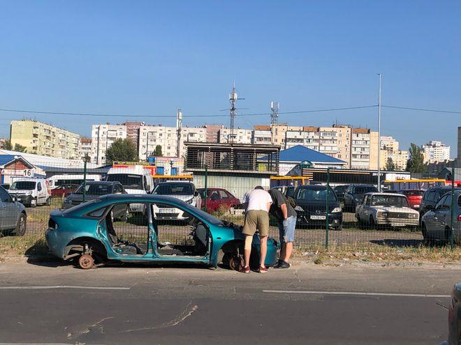 Когда начнется растаможка автомобилей через «Дію». Фото: Сергей Суховский