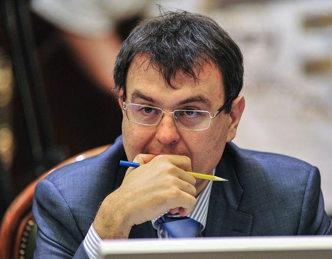 Даниил Гетманцев думает, как принять законопроект с 12 тысячами поправок фото: УНИАН