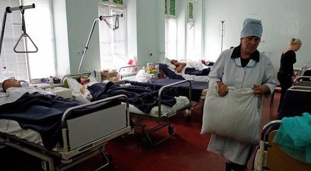 За 25 сентября в Украине зафиксировано 4 647 новых случаев COVID-19. Фото: dw.com