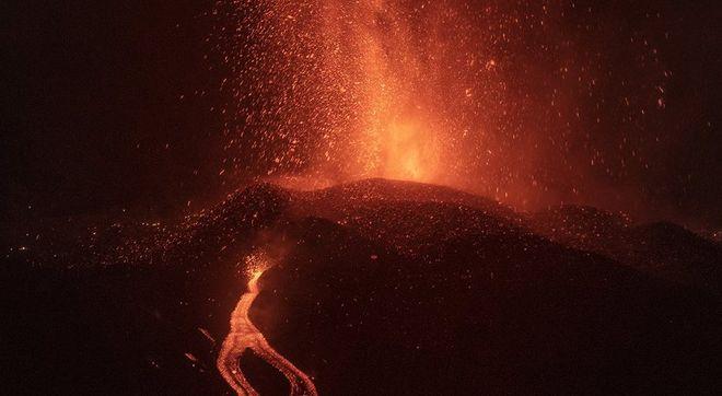 Извержение вулкана на Канарских островах: последствия и прогнозы. Фото: twitter.com/chefjoseandres