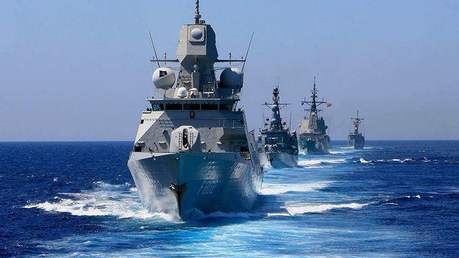 Военные корабли в море (фото из открытых источников)