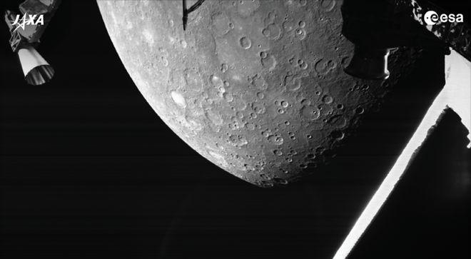 Поверхня Меркурія. Фото: ESA