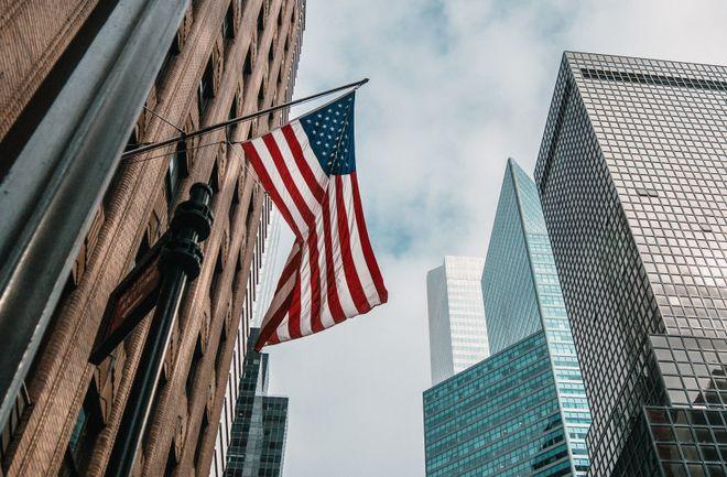 Green Card: США відновило розіграш. Фото: Unsplash / Nik Shuliahin