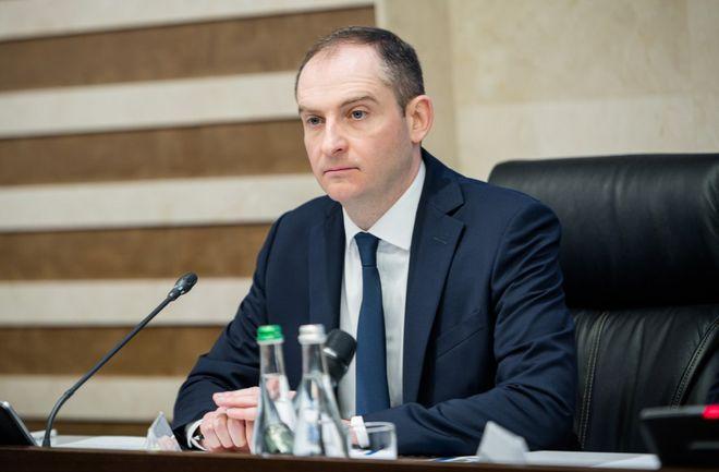 Бывший глава налоговой Сергей Верланов обжалует свое увольнение в суде. Фото: УНИАН